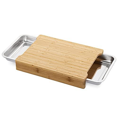 Navaris XL Bambus Schneidebrett mit Auffangschale - Holz Brett 2X Edelstahl Schale ausziehbar - 41x29,5x6,5cm Schneidbrett 2 Schalen